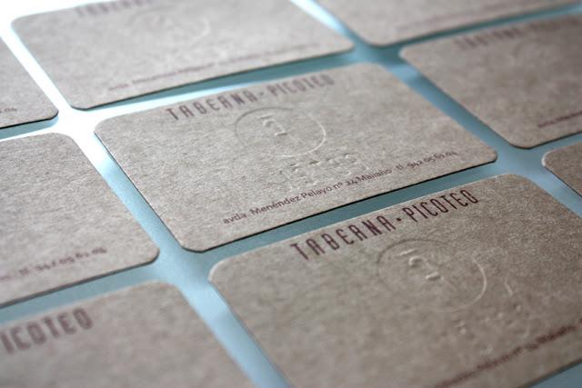 tarjeta-visita-feten-gastrobar-imagen-identidad-corporativa-carton-sello-seco