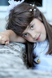 niña-comunion-reportaje-fotografico-palacio-magdalena-exterior